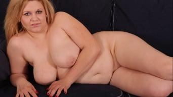 Jessica Aurelli in 'Cougars and Big Black Dicks'
